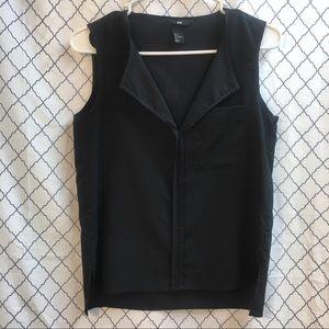 H&M v-neck black top size 4
